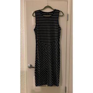 Mossimo Black and White Ribbed Midi Dress